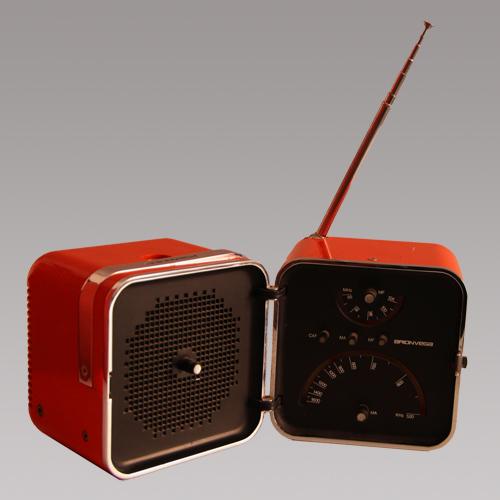 Radio 18