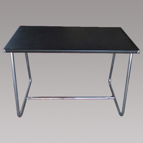 Schreibtisch 20